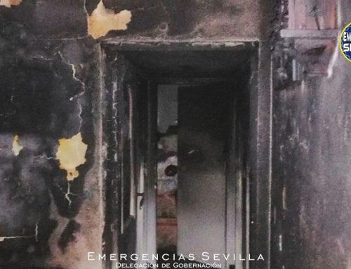 Dos hermanos de 70 años fallecen en el incendio de su vivienda en Sevilla